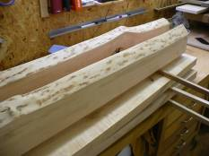 Die Beine sind fertig für den nächsten Arbeitsschritt - Verbinden mit dem Rahmenteil